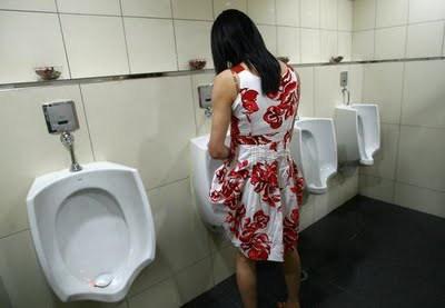 Girls bathroom pee men